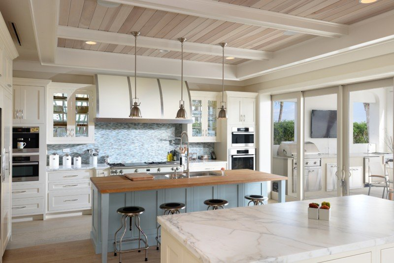 White Kitchen Cabinets Image